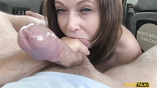Anna in Office romance revenge with London cabby - FakeTaxi