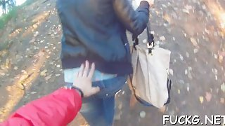 Stupid teen is getting tricked into outdoor sex
