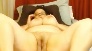 Chunky bbw mommy Jessica with big boobs and pierced nipples
