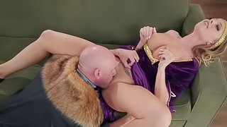 Hot Britney Amber is interested in history and sex only
