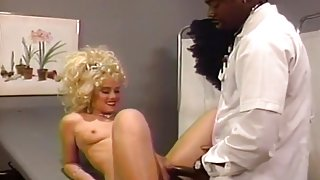 Louise Armani Screwed On Doctor's Table