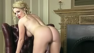 A chick with hot high heels and a sexy ass is playing by herself