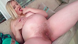 beautiful Curvy pregnant blond showing her hairy pussy