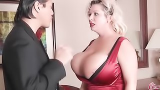 Guy with slicked back hair devours BBW blonde's pussy