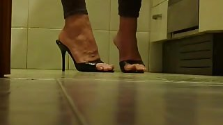 Sexy high heels on hidden cam