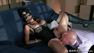 Masked Slut Gets Her Pussy Licked