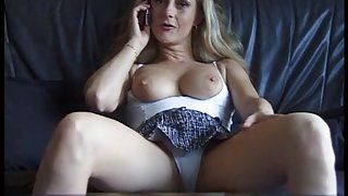 Hot aged doxy getting slutty from phonesex