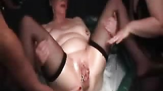 Couple double fisting mature submi Yuette from dates25com