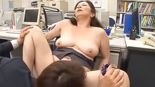 Chizuru Iwasaki the mature office lady gets fucked in the office