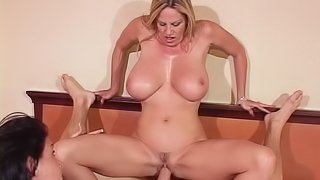 Salacious Tory gets her pussy drilled while licking her friends cunt close up