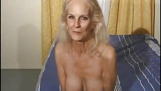 This granny is nasty
