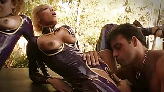 Big Love Button Wet Crack Eating in Latex
