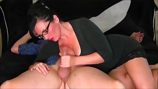 Sexy Cougat With Glasses & Big Tits Gives HJ