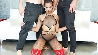Sex-addicted ebony MILF Kira Noir penetrated by two white cocks