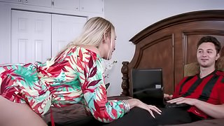 Stepmom Deanna Dare really wants to taste young dude's dick