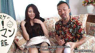 Pretty Japanese housewife gives food for sex