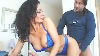 MMF threesome with curly-haired brunette Marino