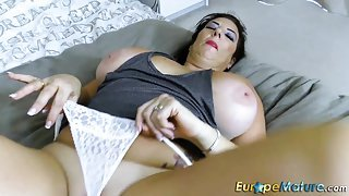 EuropeMaturE Busty Lady Lulu Solo Masturbation