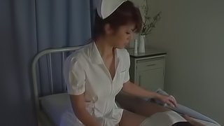 Japanese nurse plays with some dude's prick in a hospital wars