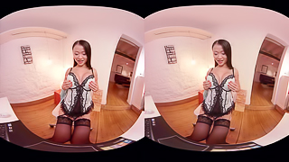 Hot Cam: Pussykat's Tight Pussy And Bouncing Tits