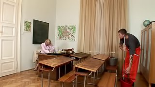 He pulls his college teacher's hair while fucking her on her desk