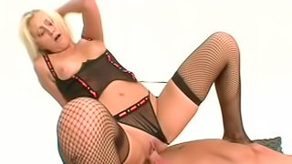 Blonde Staci Thorn fuck with hardcore Barry Scott