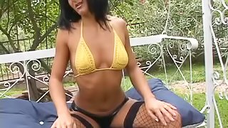Sandra Romain gives a rimjob and enjoys awesome anal sex in the garden