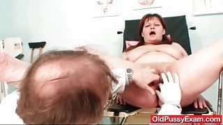 Dirty doctor toys her pussy and asshole