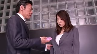 Busty Kokoro Maki Gets Excited At Work And Teases Her Cunt