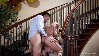 AJ Applegate and Cassidy Klein double team his dick