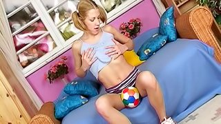 Solo masturbation a teen gal fingering and toy fucking her cunt