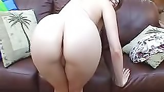 Sexy Turkish Blonde Showing Her Sweet Shaved Pussy On Webcam