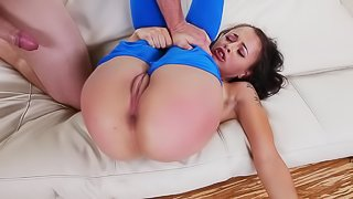 Young woman's pussy is getting demolished on the white couch