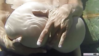 Hot slut gets fucked in the pool