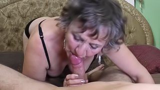 Old woman gives a desirable blowjob before her hairy twat gets thoroughly banged
