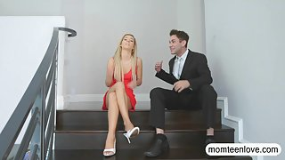 Brandi Love and Bella Rose horny threesome session