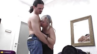 Unbelievable mature female making guy happy by giving an amazing handjob