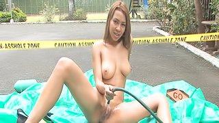 Alluring Latina is fucking her puss at the parking
