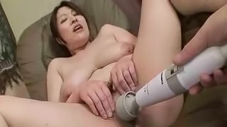 Japanese Mature lady Hiromi Yoshio gets in the amateur