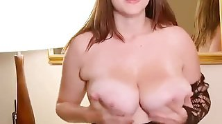 Chubby Babe With Huge Natural Titties