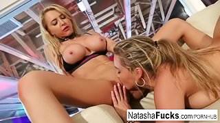 Lesbian beauties Natasha and Alix play together