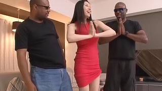 Japanese babe Asami Ogawa shows her blowjob skills to two black guys