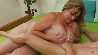 BBW with sexy freckled tits sucks cock