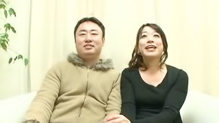 Mature Japanese lady plays kinky guessing game