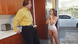 Jessica Lynne in Jessica Lynne Buys Her Step-Father Silence With Her Pussy - BangBros