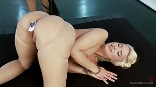 Blonde Bombshell Anal Electrofucked LIVE