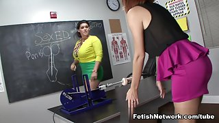 Angelina Castro Teaches Jessica Robbin with a Fucking Machine