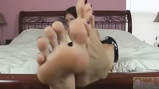 charlee chase big feet