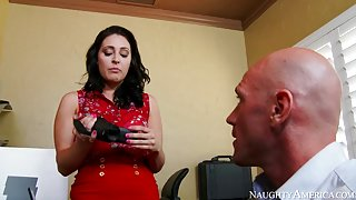 Gracie Glam & Johnny Sins in Naughty Office