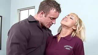 Sexy and hot cock sucker is having fuck with her bf